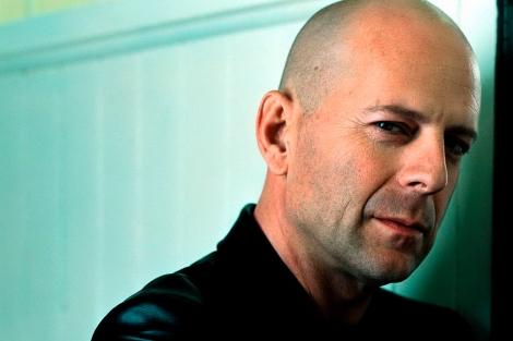 Raparse, como el caso del actor Bruce Willis, se asocia con vigor y autoridad. | El Mundo