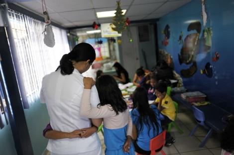 Centro de Excelencia para Niños con Inmunodeficiencias (CENID) en San Salvador. | AFP