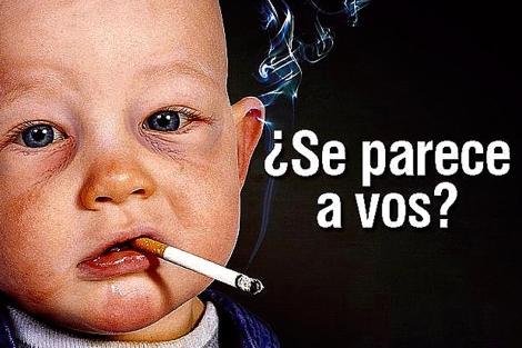 Imagen de un cartel contra el tabaco donde aparece un niño fumando.