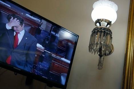 El senador Paul, durante su intervención desde un televisor. | Reuters