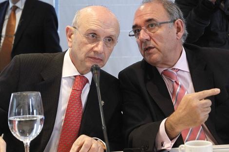 González Jurado (i) y Rodríguez Sendín (d) conversando
