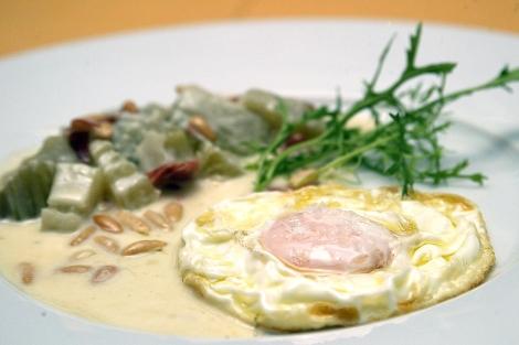 Clara de huevo a la plancha calorias