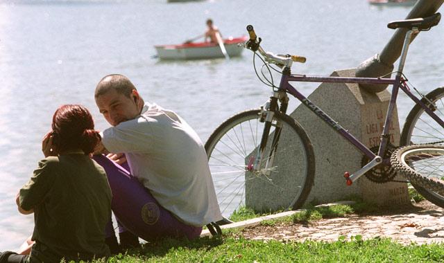 Las nuevas tareas de los padres aumenta el cansancio y disminuye las ganas de tener sexo.