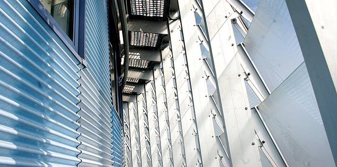 Detalle de la Torre Agbar, uno de los edificios donde se han registrado casos de lipoatrofia.