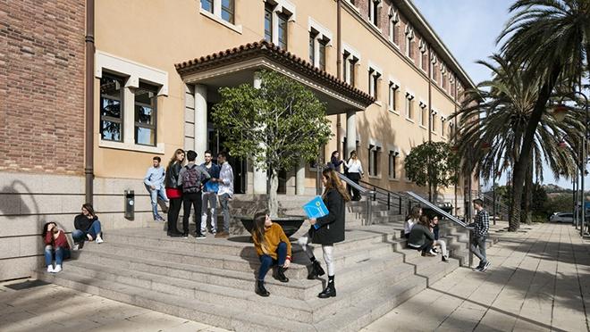 Universidad Abat Oliva CEU