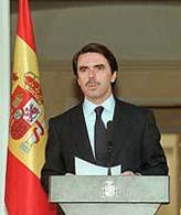 28.11.1999. «ETA se equivoca», dice Aznar, tras el anuncio del final de la tregua. (Foto: Jaime Villanueva)