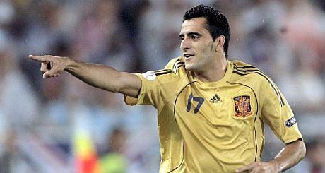 Güiza, celebrando su gol ayer. (Foto: EFE)