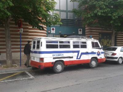 en línea primera vez escolta morena en Vitoria