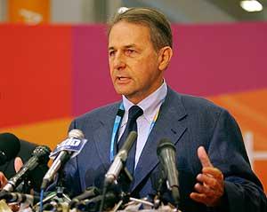 Rogge, en rueda de prensa./AFP