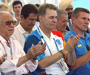 Samaranch (izda.), Rogge y Bubka (dcha)./AFP