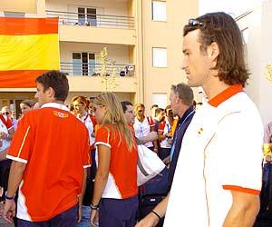 Carlos Moyà, en su llegada a la Villa Olímpica./EFE