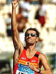 Paquillo celebra su medalla de plata./EFE