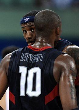 LeBron James y Kobe Bryant, el dúo letal de los Estados Unidos. (Foto: AFP)