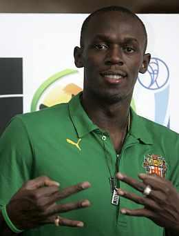 Usain Bolt, en un acto benéfico. (EFE)