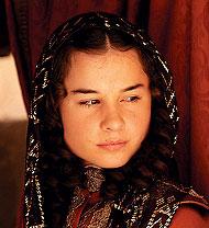 Nadia de Santiago. Angélica (14 años)