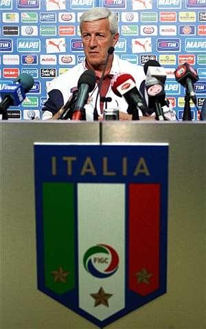 Lippi concedió la primera rueda de prensa del Mundial. (Foto: AP)