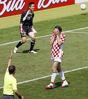 Srna se lamenta tras fallar el penalti. (Foto: AFP)