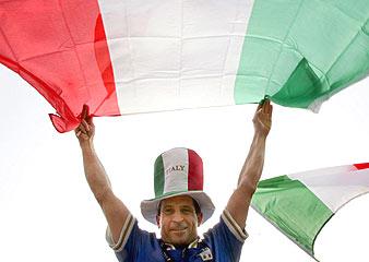 Toda Italia, pendiente de su selección (Foto: EFE)