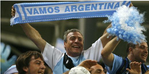 Hinchas argentinos animan a su Selección (Foto: EFE)