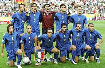 Foto del 'once' italiano que se enfrentó a Alemania. (Foto: AP)