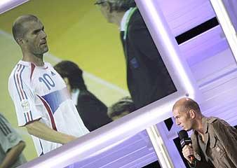 Zidane, durante una entrevista. (Foto: AFP)