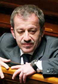 Archivo. El ministro italiano de Trabajo y Asuntos Sociales, Roberto Maroni. (Foto: REUTERS).