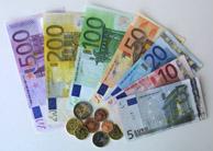 El número de billetes de 500 en circulación ya supera a los de 5 euros (Foto: AP)