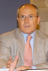 El ministro de Industria, Turismo y Comercio, José Montilla. (Foto: BEGOÑA RIVAS).