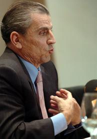 El presidente de la CNMV, Manuel Conthe. (Foto: EFE)
