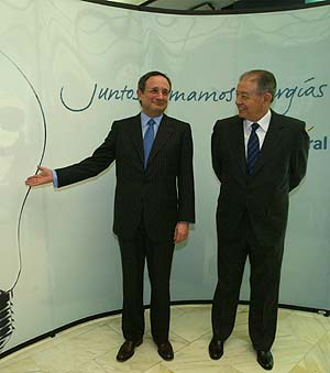 El presidente de Gas Natural, Salvador Gabarró, y el consejero delegado, Rafael Villaseca, el pasado 6 de febrero. (Foto: Quique García)