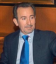 F. Briones, presidente de Fórum Filatélico. (Foto: EFE)