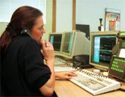 El profesional que atienda su llamada debe ser conciso al prestar su servicio. (Foto: Iñaki Andrés)