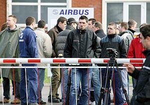 Algunos trabajadores de la planta de Airbus en Meaulte (Francia) ya están en huelga. (Foto: AFP)