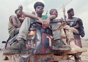 Algunos centros financieros se aprovechan de la guerra total entre facciones, como es el caso de Liberia y Líbano. (Foto: AP)