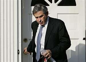Wolfowitz, a la salida de su domicilio. (Foto: AP)