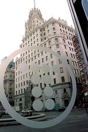 Edificio de la sede de Telefónica en Madrid. (Foto: EFE)