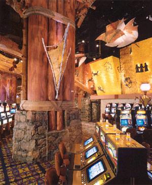La decoración de los bingos suele conservar la esencia tribal de los nativos. (Foto: Thalden & Boyd Architects)