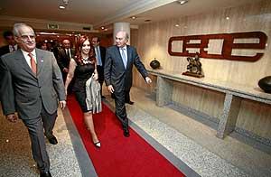 Kirchner, antes de empezar la reunión en la sede de la CEOE. (Foto: Carlos Alba)