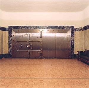 Imagen de la puerta de una de las cámaras acorazadas del Banco de España. (Foto: Banco de España)