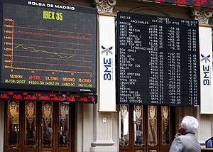 La Bolsa, a la baja en una de sus sesiones de agosto. (FOTO: EFE)