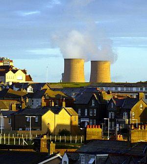 Las viejas centrales, como la de Sellafield, cerrarán en apenas algo más de una década. (Foto: AFP)
