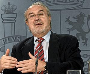 Pedro Solbes, vicepresidente del Gobierno y ministro de Economía y Hacienda. (Foto: Kike Para)