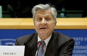 Jean Claude Trichet, presidente del BCE, en su intervención en la reunión en el Parlamento Europeo. (EFE)