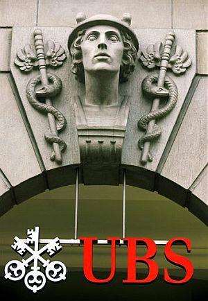 Logo del Union Bank of Switzerland (UBS) ubicado en su sede central. (Foto: AP)