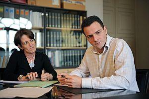 Kerviel, junto a su abogada, Elisabeth Meyer. (Foto: AFP)