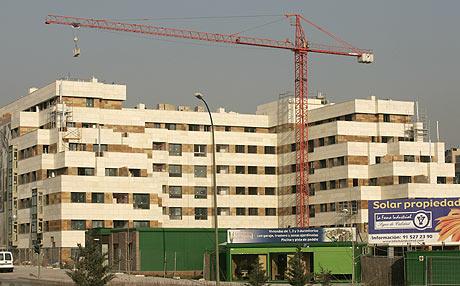 Viendas en construcción en Madrid. (Foto: DIEGO SINOVA)