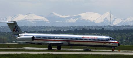 Avión de American Airlines. Iberia aportaría el vínculo con Hispanoamérica. (REUTERS)