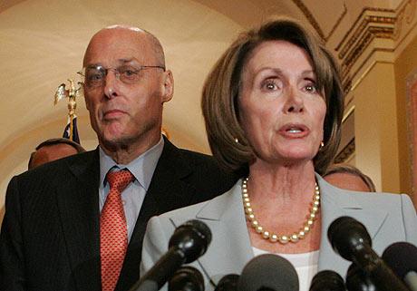 Rueda de prensa de Henry Paulson y Nancy Pelosi tras la infructuosa reunión de la Casa Blanca. (Foto: REUTERS)