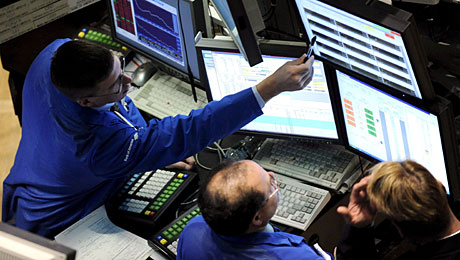 Operadores de Wall Street al comienzo de la jornada. (Foto: EFE)