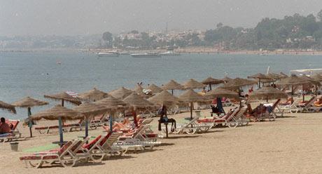 El verano ha evidenciado los problemas del turismo español. (Foto: Fernado Quintela)